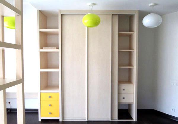 Шкафы купе и кухни на заказ